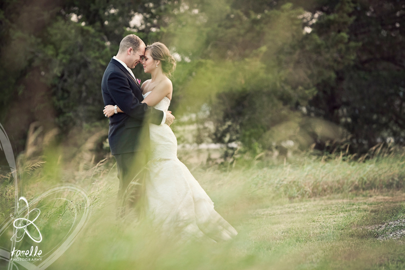 A wedding in Brenham, Texas for Sarah and Nathan at the Antique Rose Emporium by Karelle Photography 14